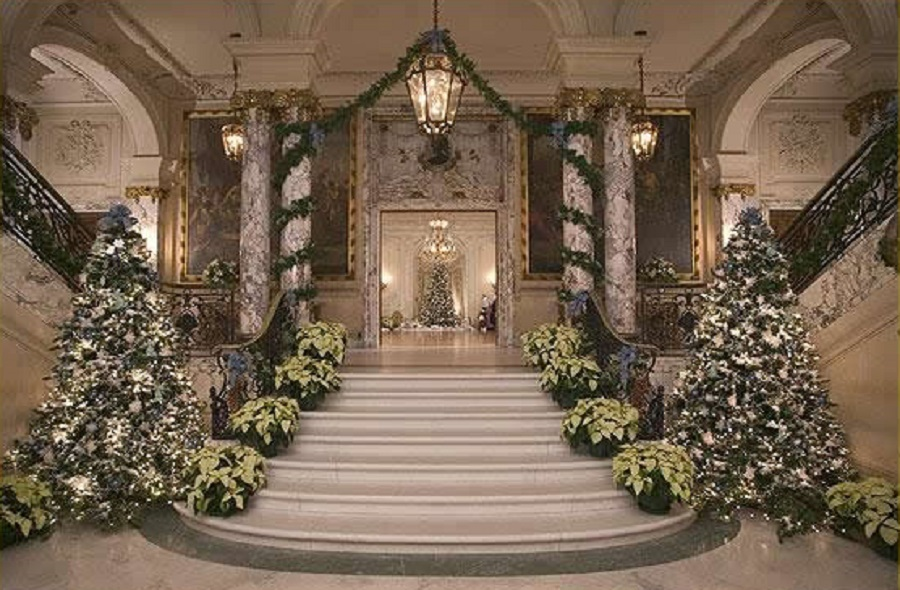 Ideas-for-Office-Christmas-Decorating-Contest