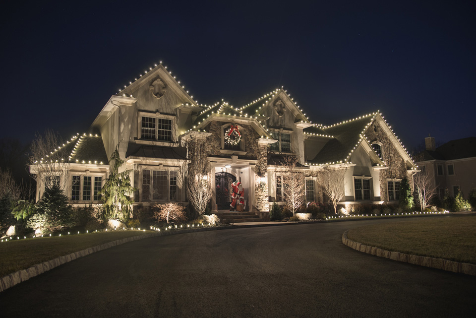 manhasset & Residential Holiday Light Installation | Long Island azcodes.com