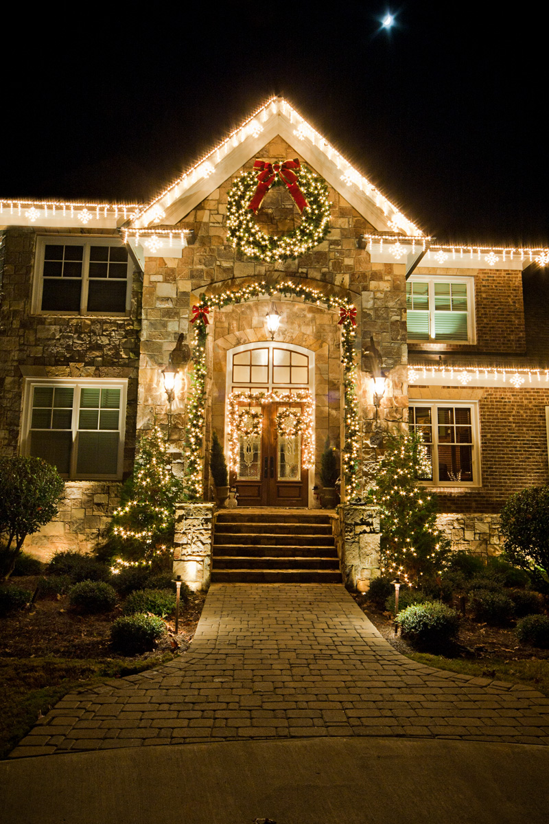 long island christmas and holiday light installation service shares 3 great holiday entrance. Black Bedroom Furniture Sets. Home Design Ideas
