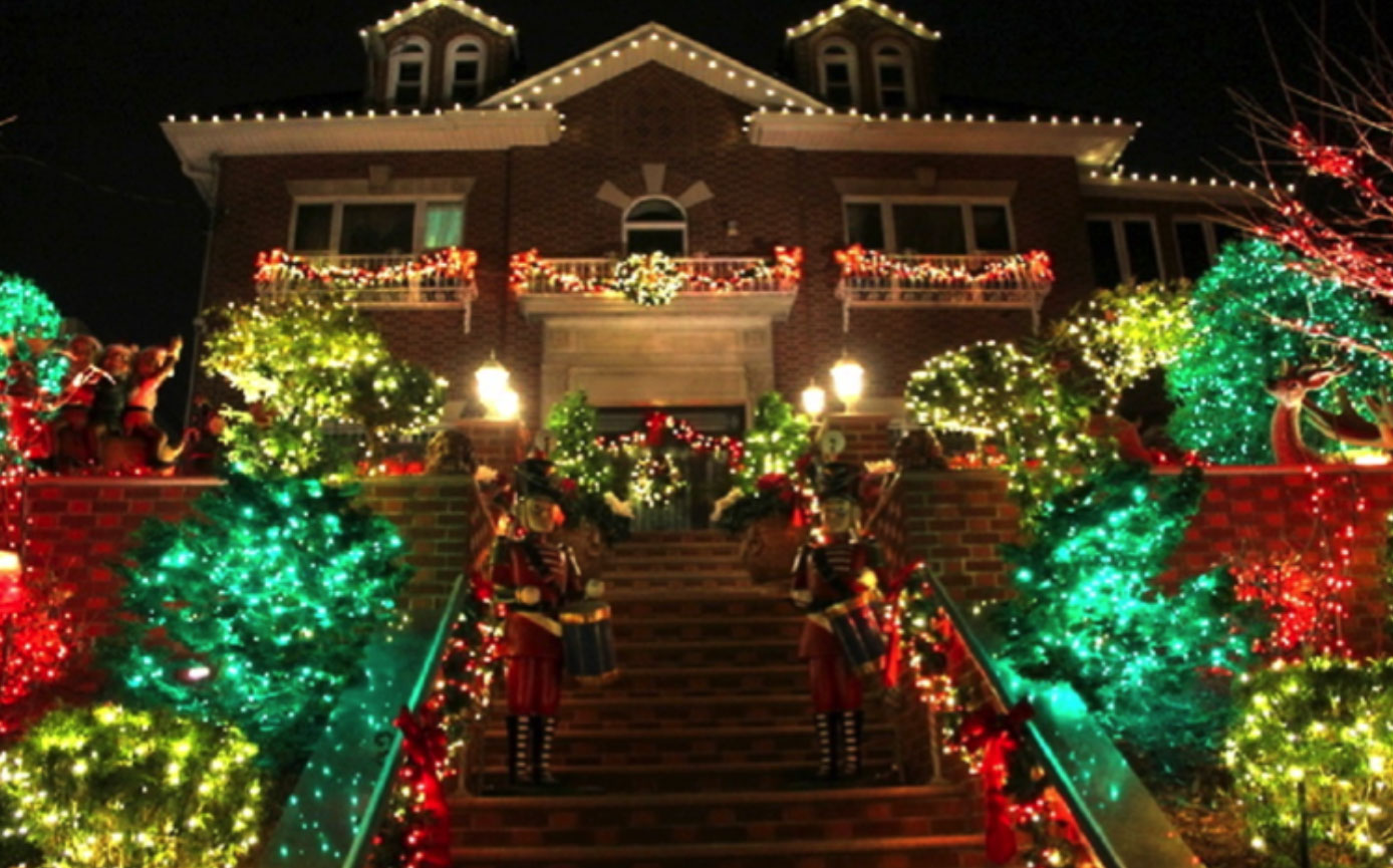 brooklyn holiday light installation company call now to speak to a brooklyn lighting specialist 646 833 0843